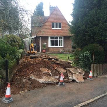 excavating_resin_bound_driveway